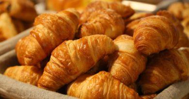 Produsele de patiserie si/sau  zaharoasele la micul dejun?